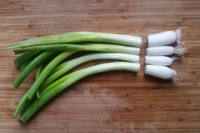 Chives vs Green Onion – What's the difference?