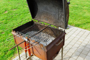 How to Keep a Grill from Rusting